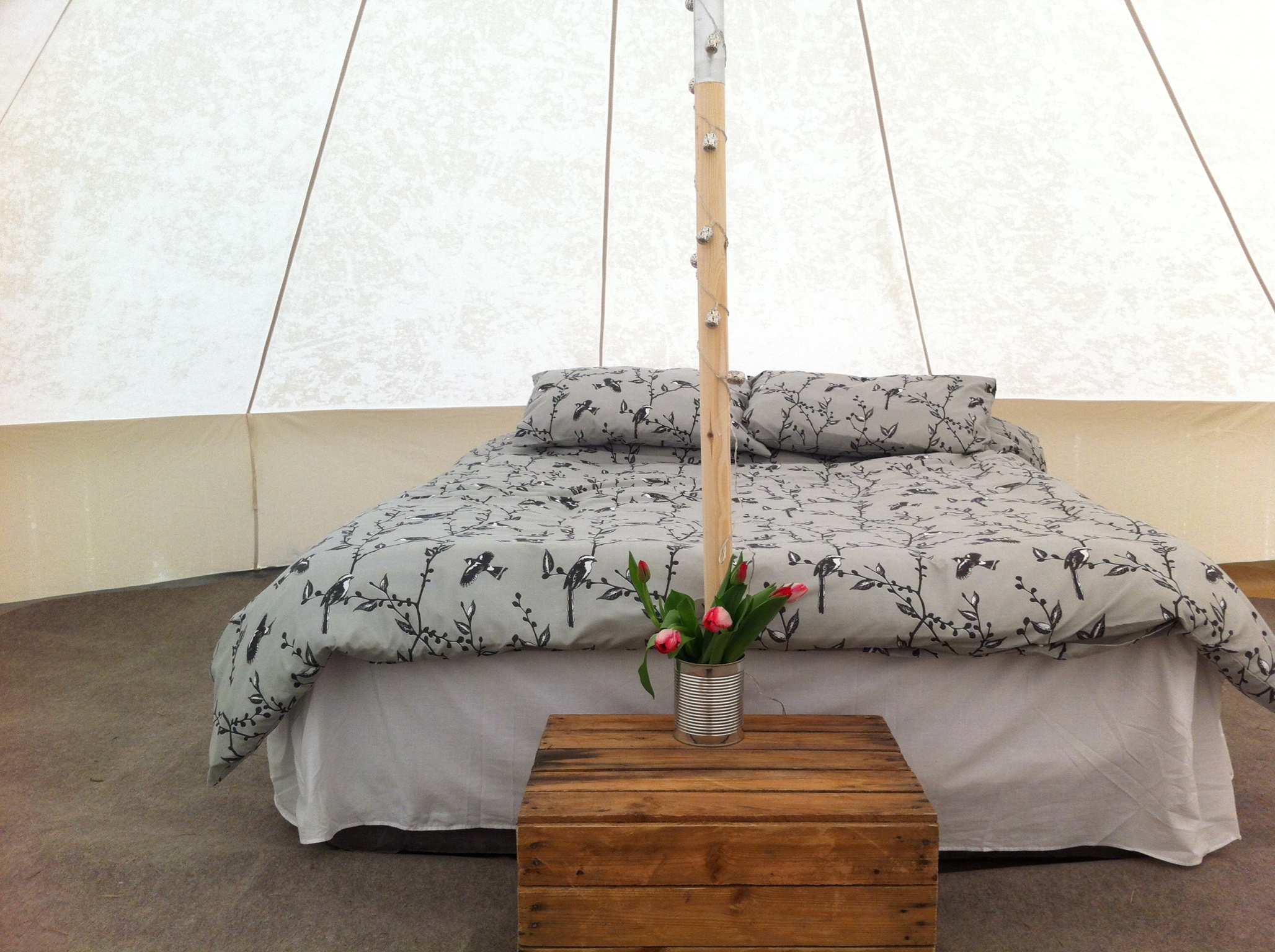 laughton bell tent